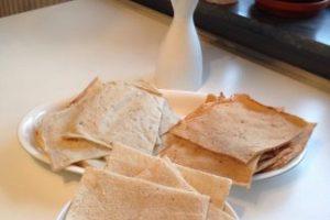 Mjukt tunnbröd i tre olika smaker